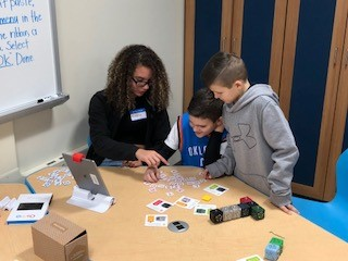 Highland Elementary Students Enjoy Robotics Fair